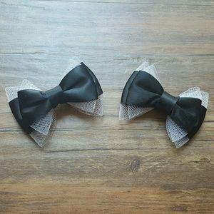 HT | Black Satin Bows with White Netting